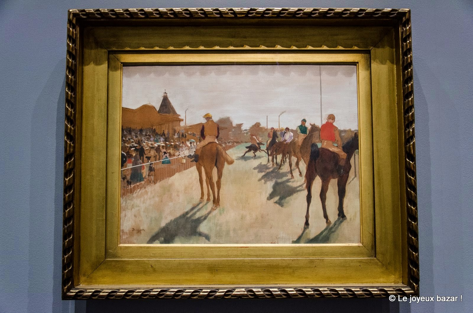 Edgar Degas Le Défilé entre 1866 et 1868 Huile sur papier marouflé sur toile, 46 x 61 cm Paris, Musée d'Orsay