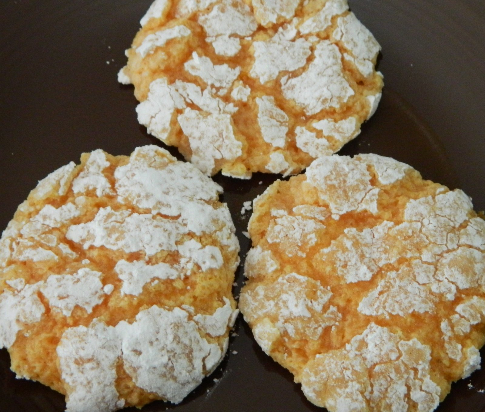 Cake Mix Cookies With Powdered Sugar