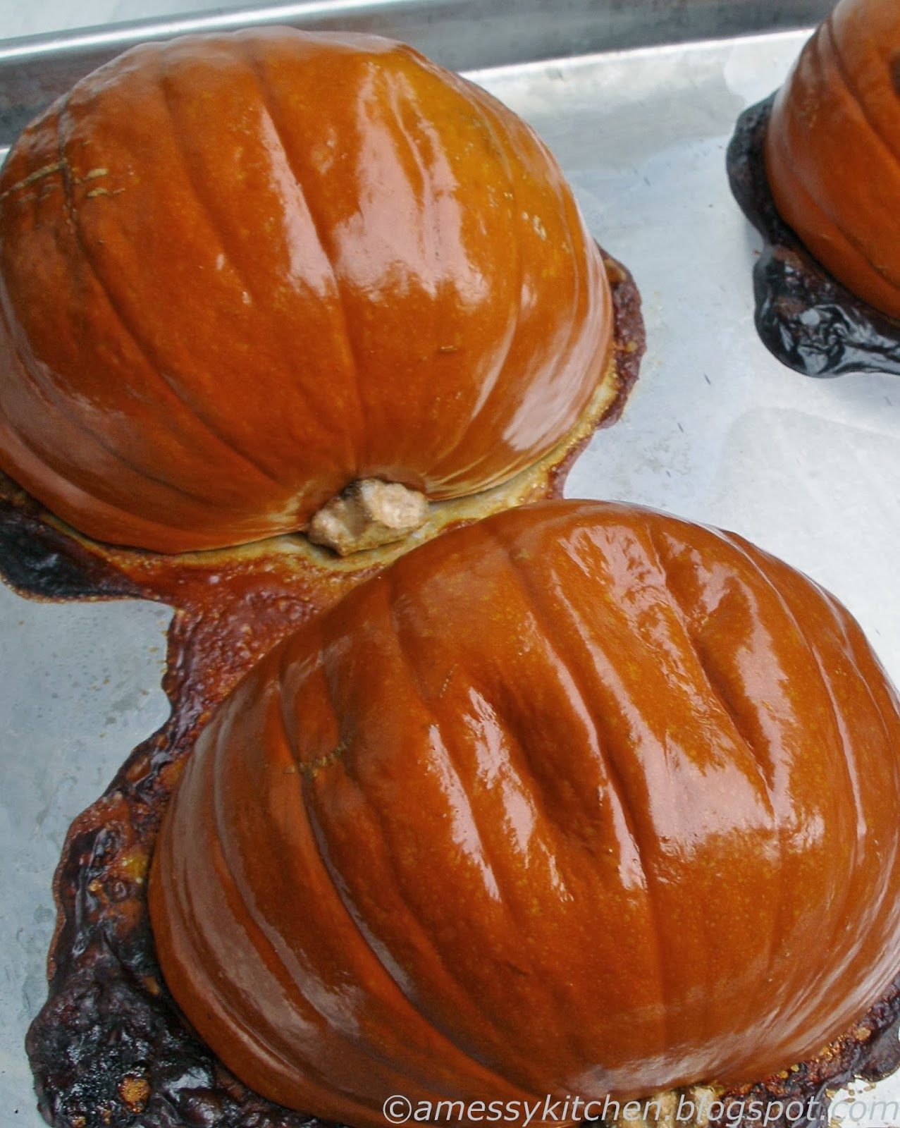 Messy Kitchen: Pumpkin butter and Easy Pumpkin Puree