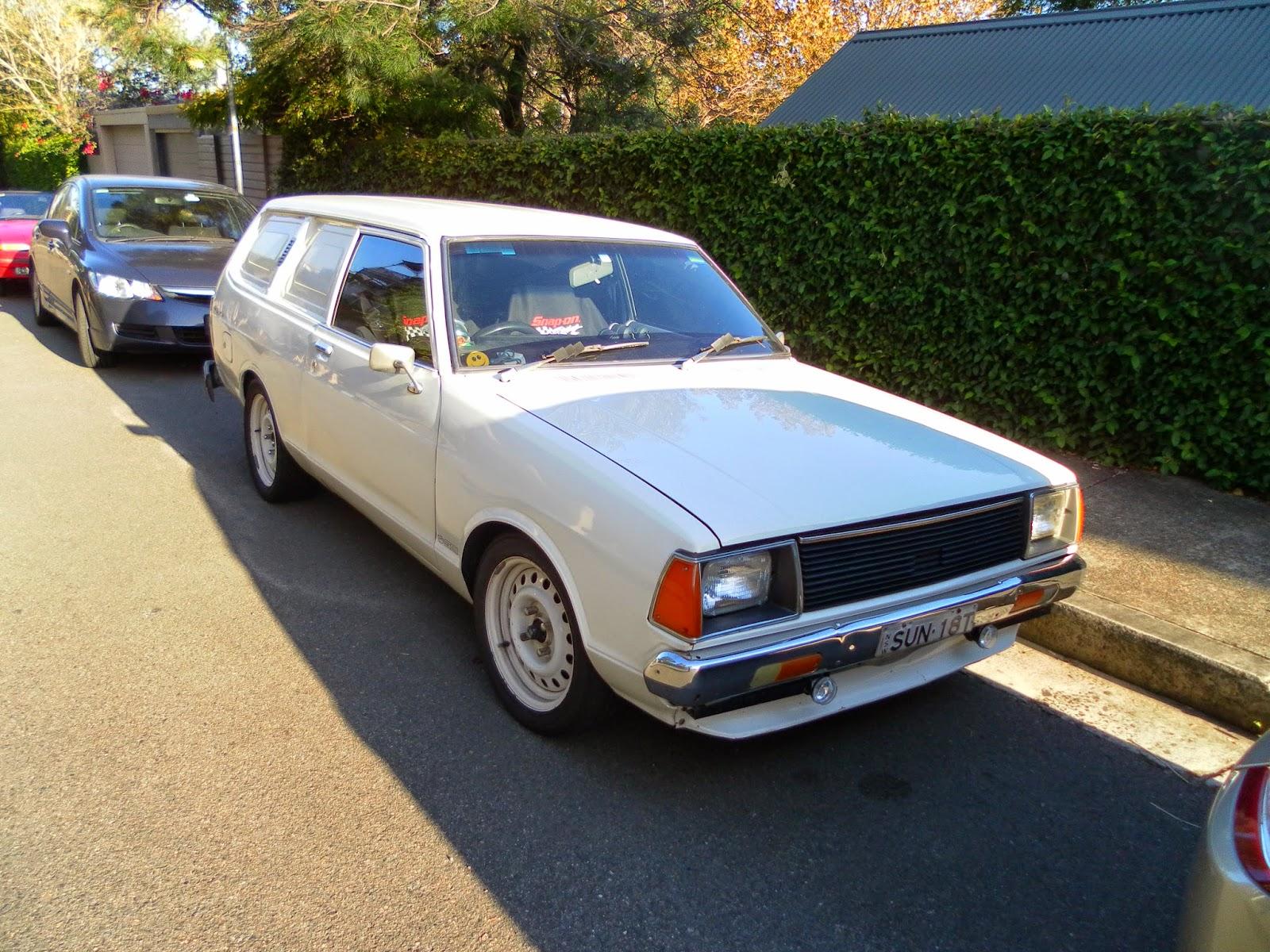 aussie old parked cars 1982 datsun sunny van b310