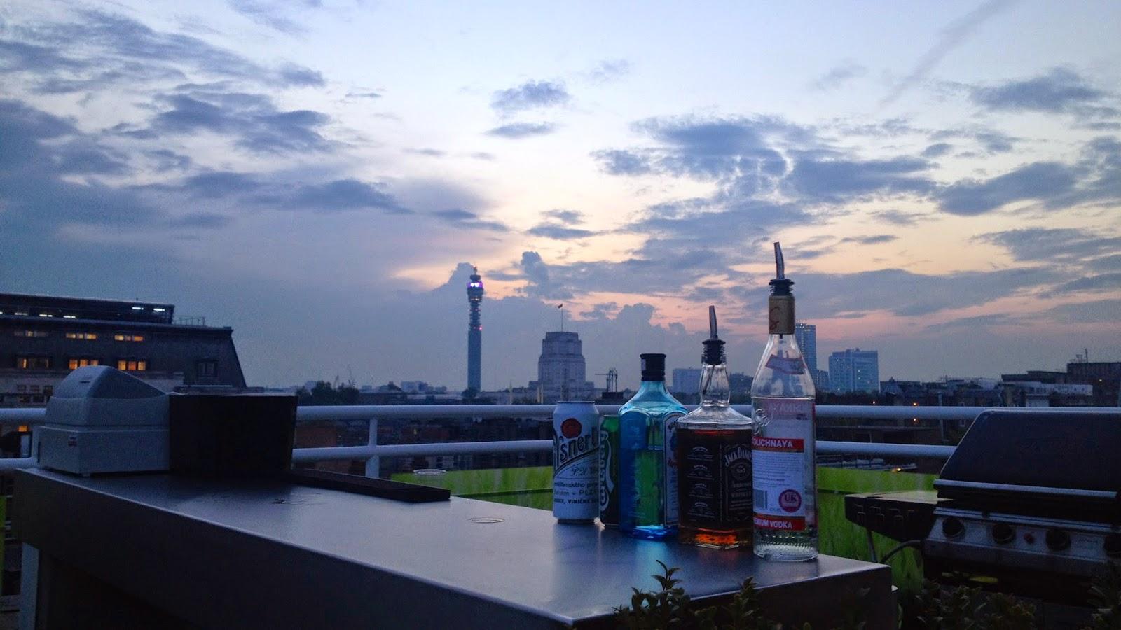 London Summer 2014 Le Bar De L 39 Agence Migre Sur La