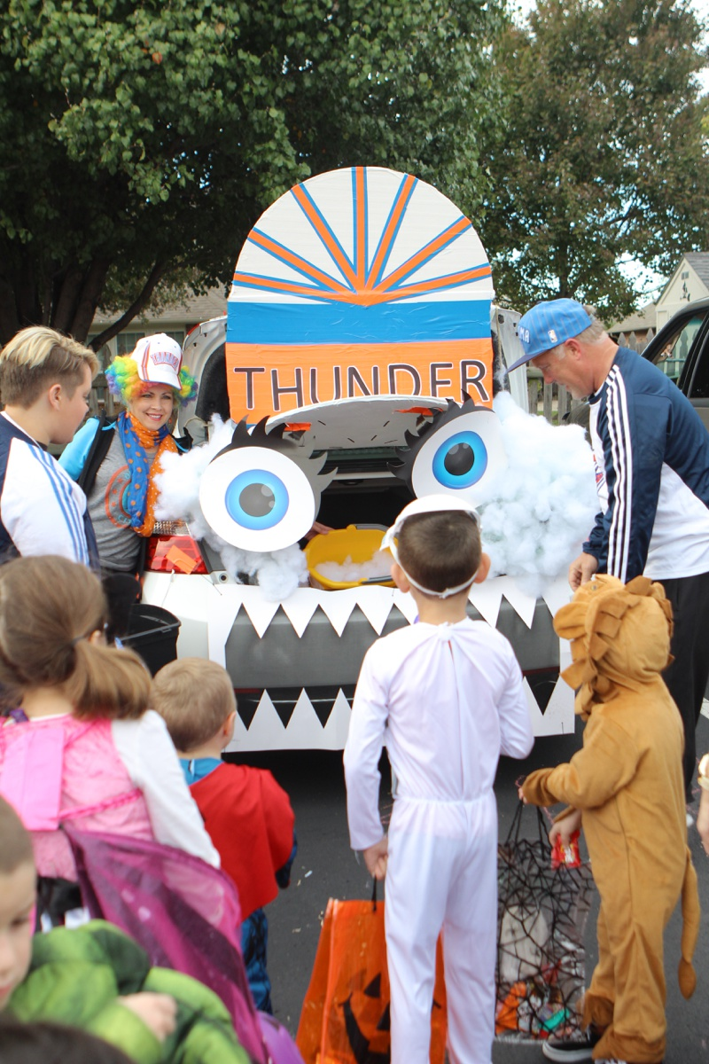 Trunk or Treat Idea Basketball