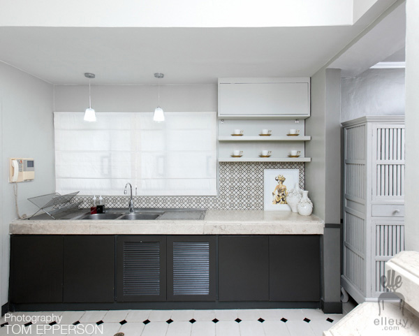 white kitchen, kitchen makeover, chic kitchen, fashion kitchen, white and black kitchen, white and gray kitchen
