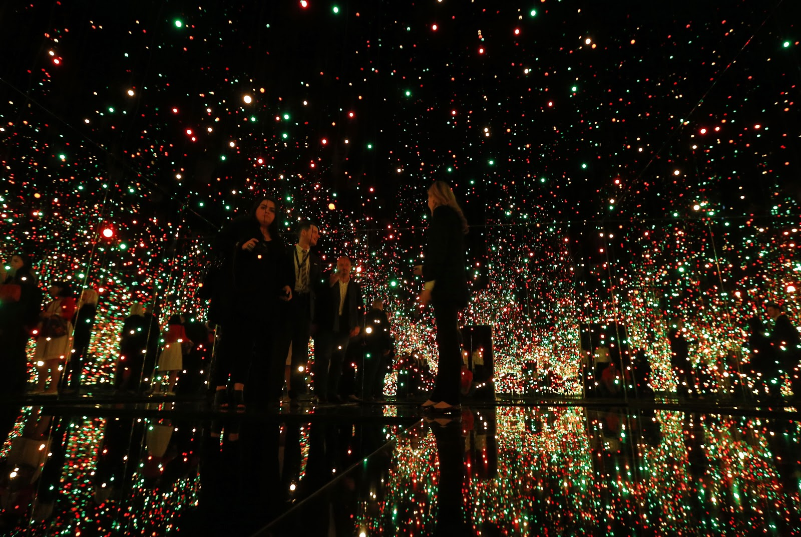 In Pictures the 'Infinity Mirrored Room' by Yayoi Kusama at David Zwirner Gallery
