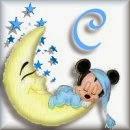 Alfabeto de Mickey Bebé durmiendo en la luna C.