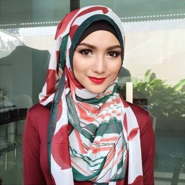 cara memakai jilbab citra kirana