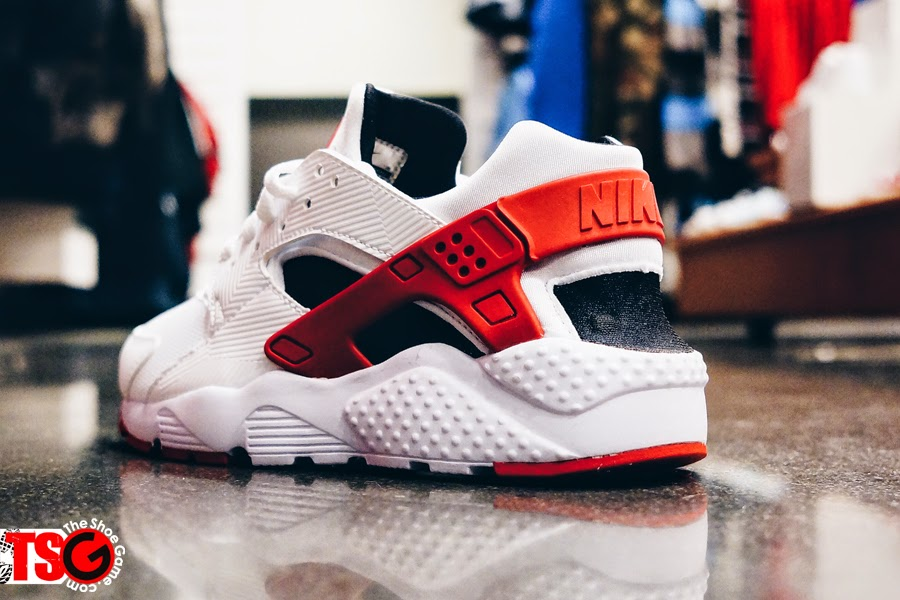 nike huarache white and red