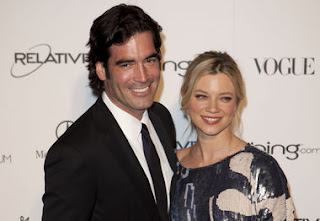 Amy Smart with Husband