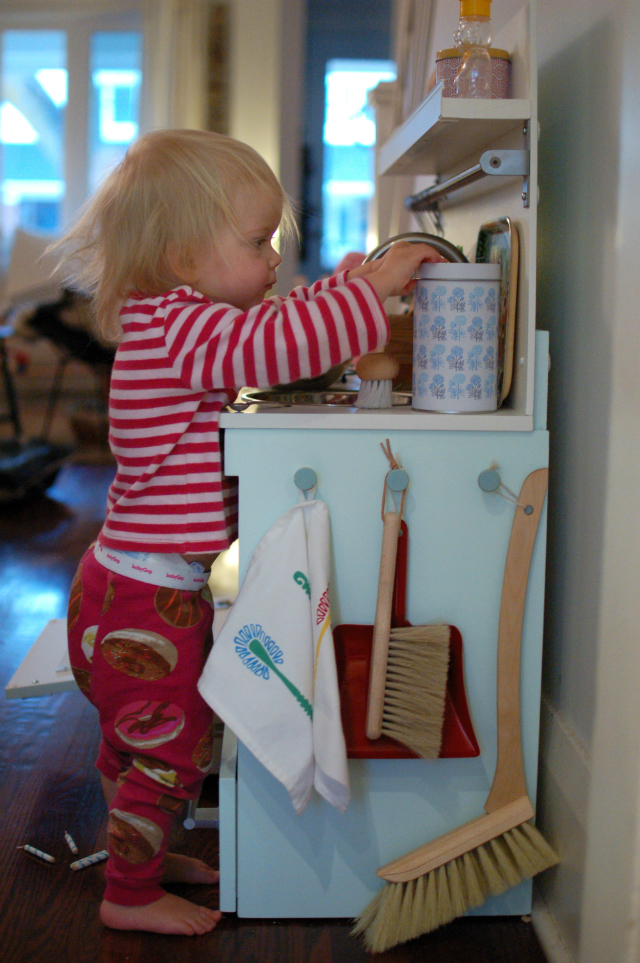 mint play kitchen