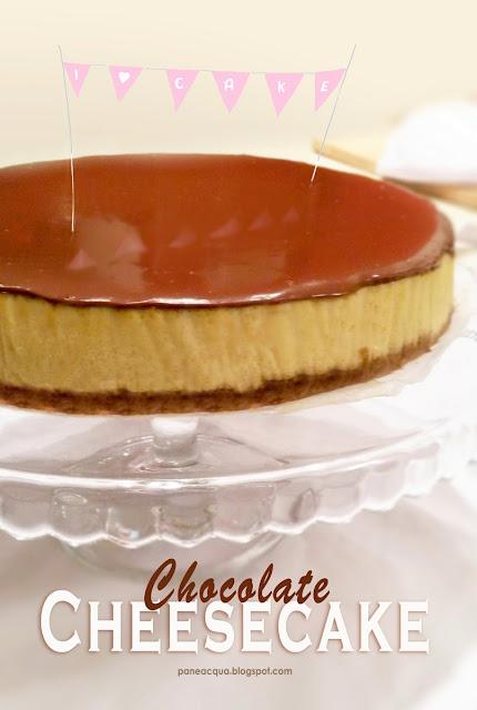 fantastica cheesecake cremosa con ricotta e cioccolato.