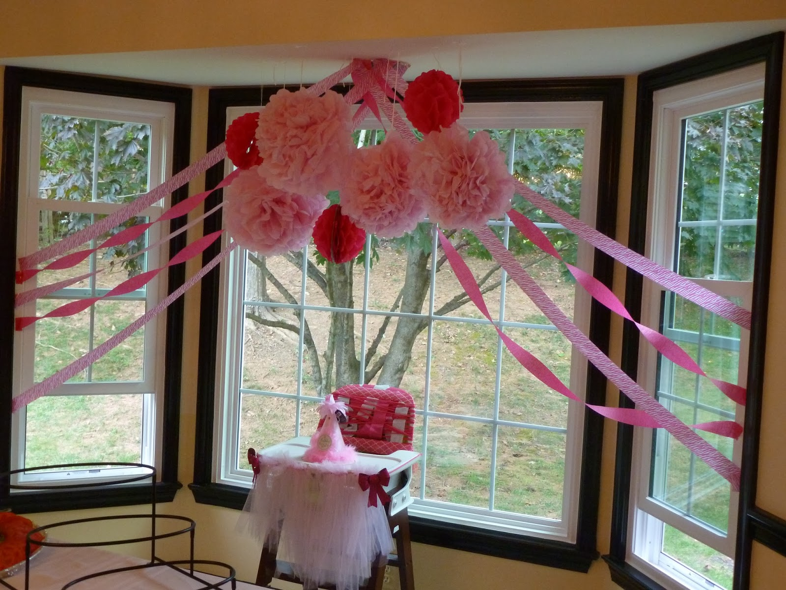 Simple fancy fun a simple fancy fun 1st birthday stella for Baby girl first birthday party decoration ideas