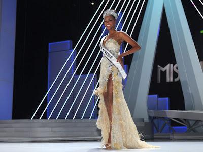 6 A beleza da Miss Universo 2011