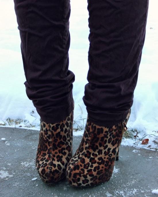 Leopard Print Booties : La Petite Fashionista