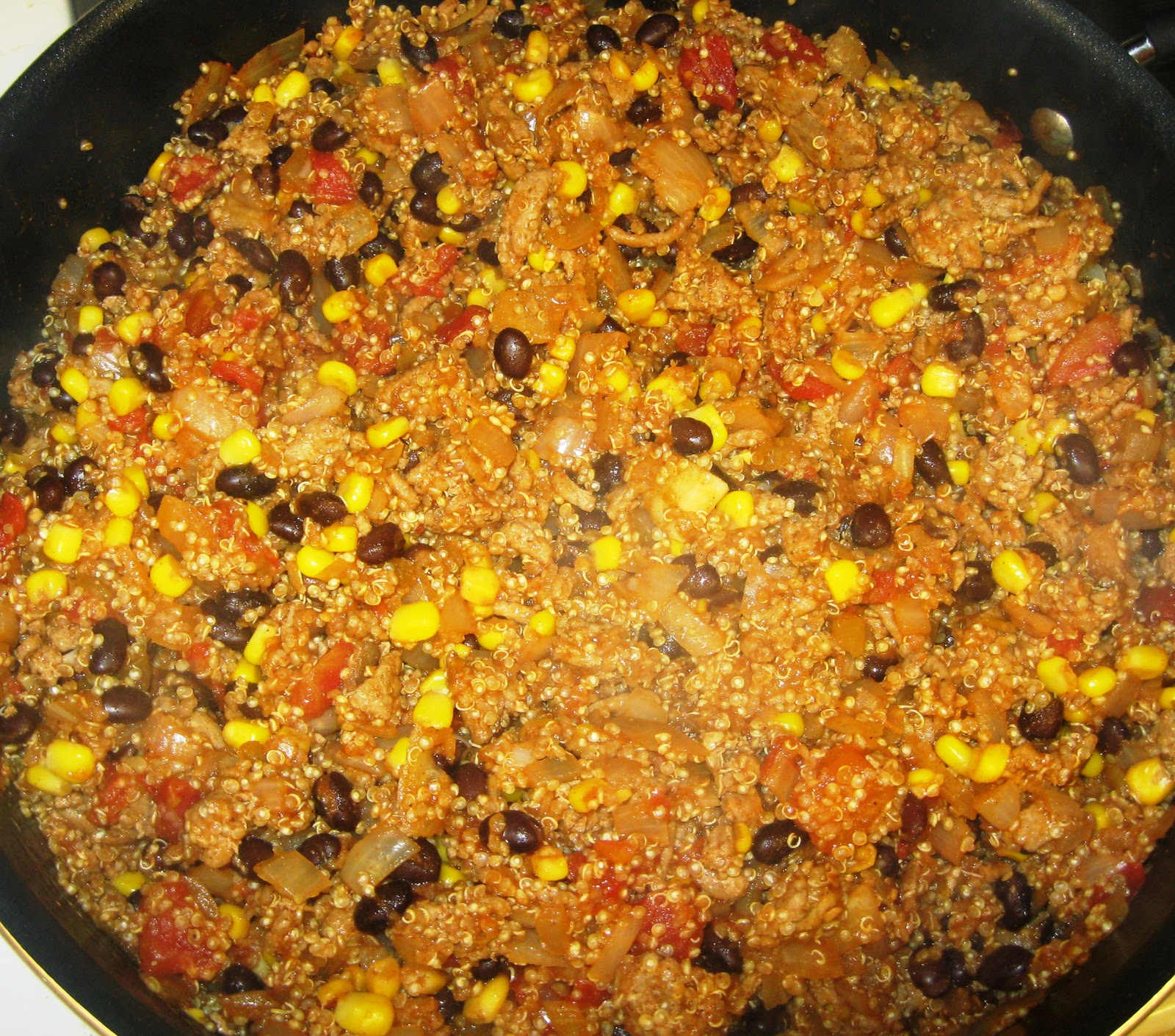 ... Dinner... Healthy & Low Calorie: Mexican Ground Turkey Quinoa Skillet