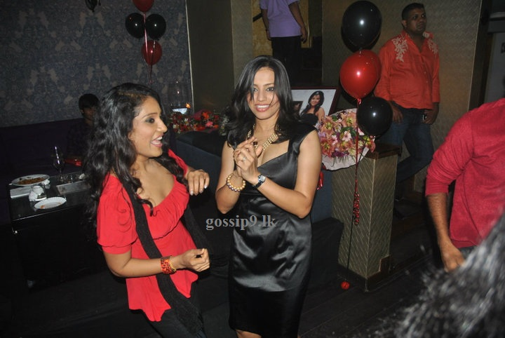 Sri Lankan Popular Actress Nadeesha Hemamali Birthday Party