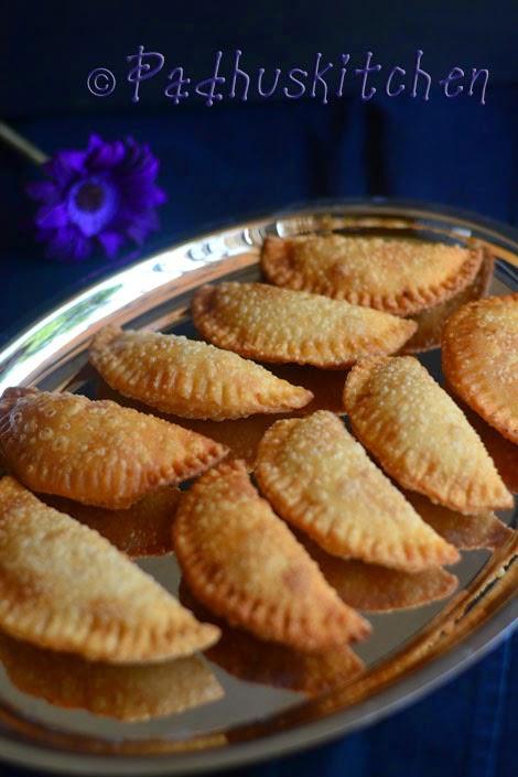 Sweet Somas Recipe-Karchikai-Karanji