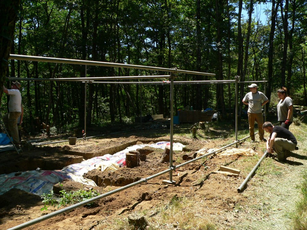 Overhead structure being built - Peyre Blanque Archaeological Project 2015