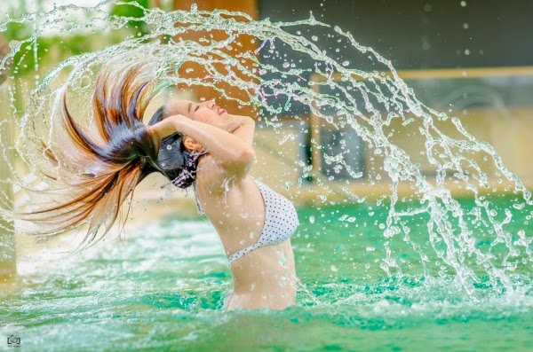 Hotgirl Nha Trang thiêu đốt mùa hè với bikini