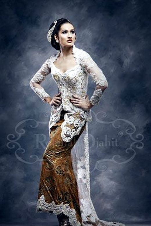 traditional and modern wedding kebaya