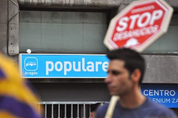 Mujer de 43 años se suicida en Zaragoza horas antes de ser desahuciada. Wpp_asamb%2B%2827%29