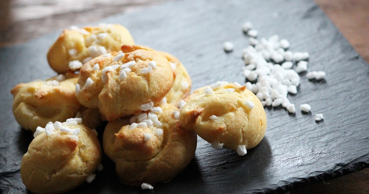 COUKiNE: CHOUQUETTES (CHOUX PUFFS)