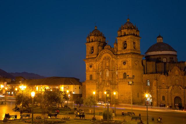 A photograph of a Jesuit Church named Iglesia de la Compania in Cusco, Peru