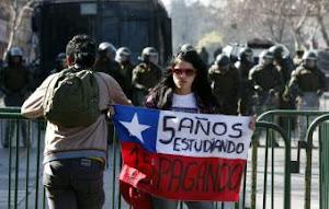 Los estudiantes llevan dos meses de protestas activas en Chile-