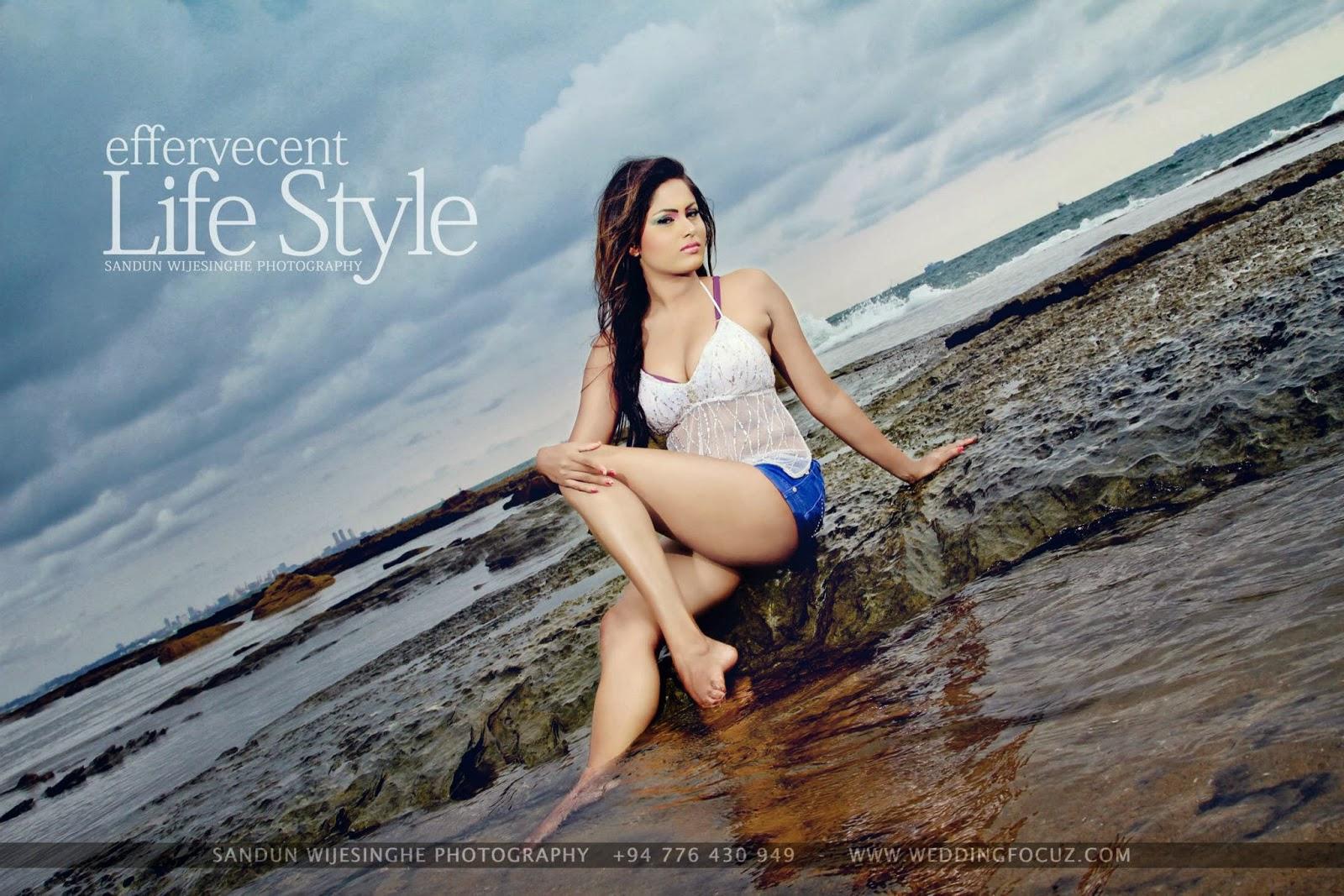 Kaushalya Udayangani sexy hot legs