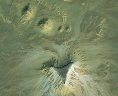 ubicacion de las nuevas piramides de egipto descubiertas con google earth