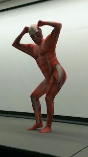http://4.bp.blogspot.com/-oVm2bIyM2BE/UX_AQ1E3CxI/AAAAAAAAB1I/eLvC1NANuQo/s320/titan_cosplay.jpg