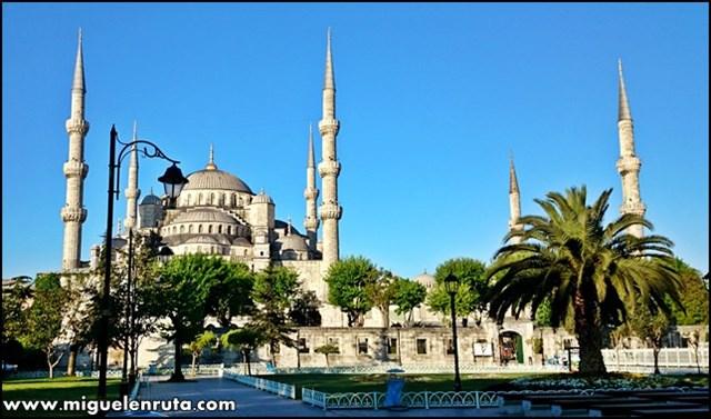 6-Minaretes-Mezquita-Azul-Estambul