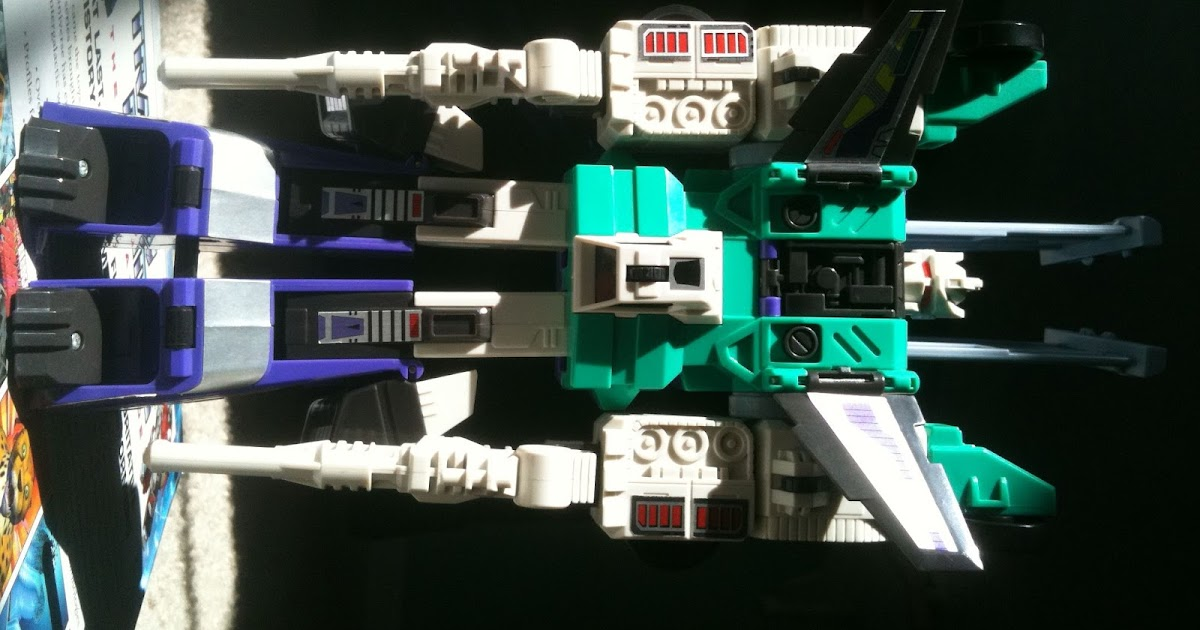 SDCC 2015 HASBRO EXCLUSIVE TRANSFORMERS JETS SET OF FOUR KREO LOOSE DIRGE THRUST