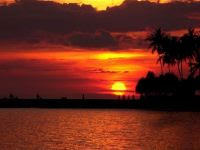 Pantai Senggigi - MizTia Respect