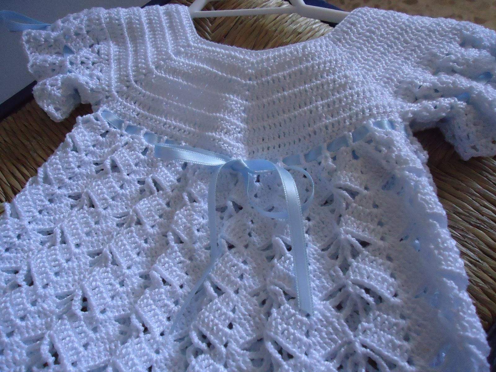DE MIS MANOS TEJIDOS Y MAS: Vestido para nenas a crochet