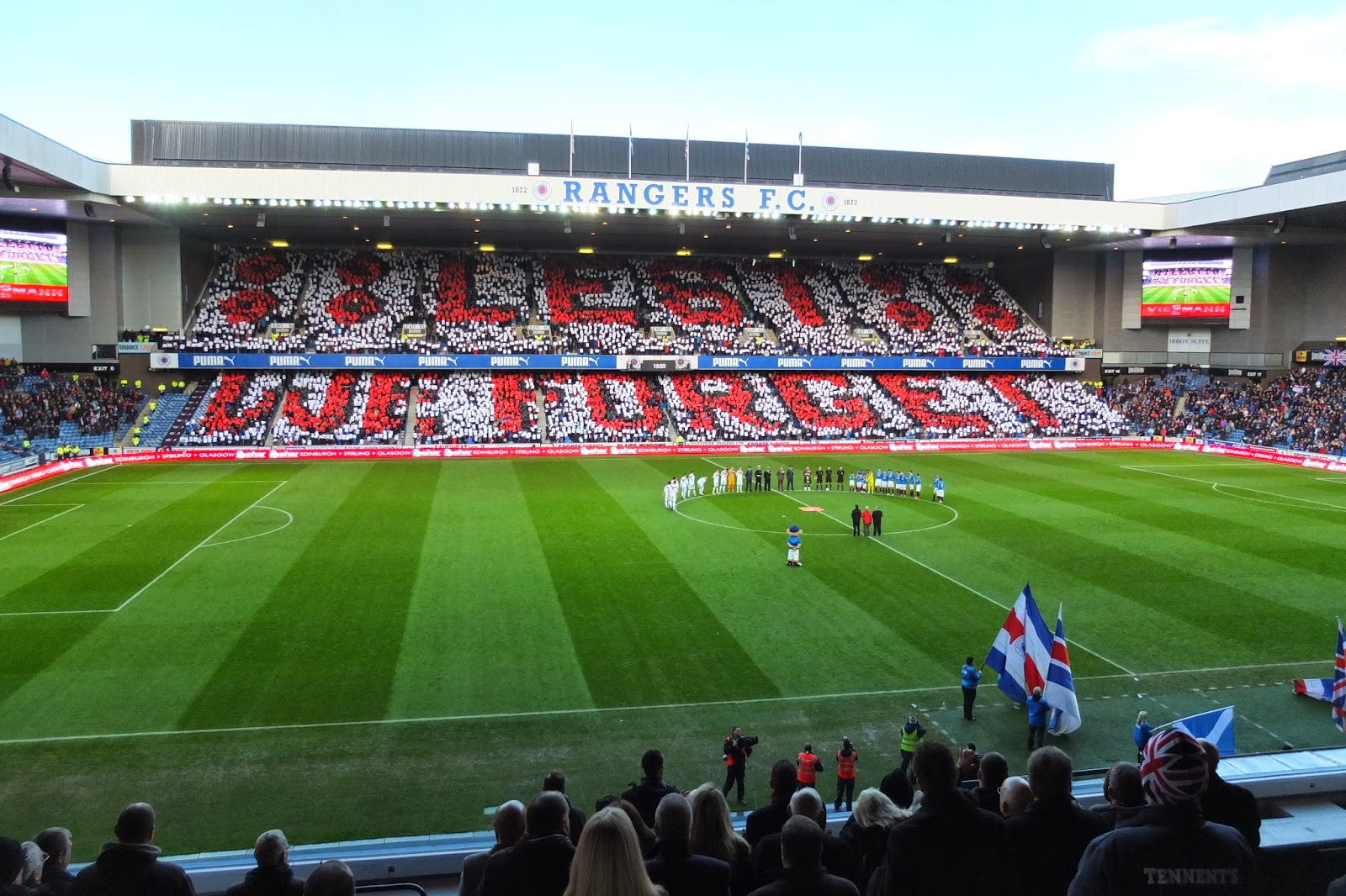 Rangers FC - We Welcome The Chase: Rangers FC - Lest We Forget