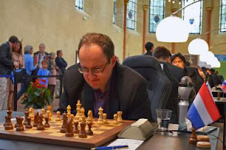 L'Israélien Boris Gelfand est en tête du Grand Prix de Paris avec 2,5 points sur 3 © Chess & Strategy