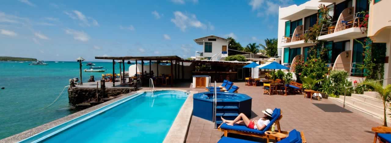 Hotel solymar gal pagos ecuador turistico for Hoteles en motril con piscina