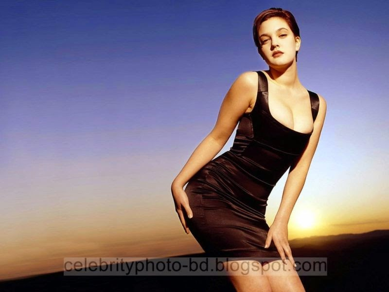 Drew+Barrymore+Latest+Hot+Photos+With+Short+Biography008