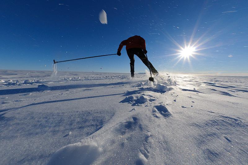 Antarctica, cross-country skiing