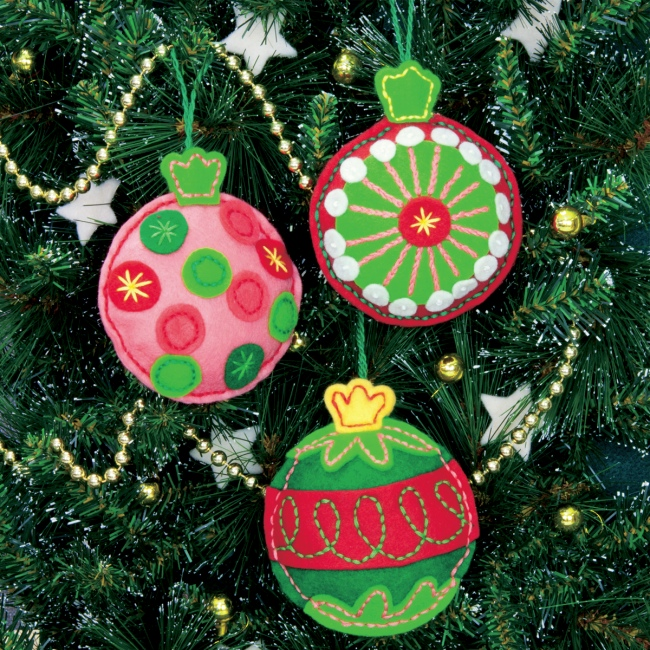 Decorating Ideas > Weekend Kits Blog Christmas Crafts – Handmade Felt  ~ 074301_Christmas Decoration Craft Kits