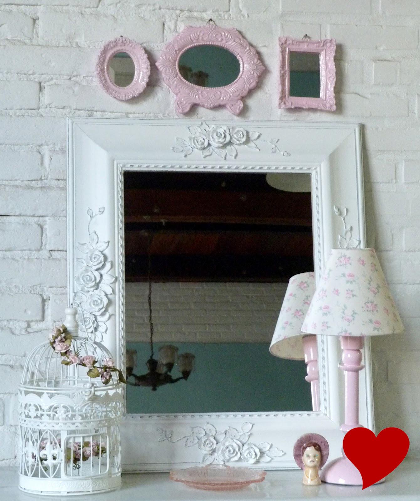 parede do quarto próximo à escrivaninha ou em pequenos corredores #B70000 1340x1600