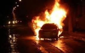 سيارة باشا طانطان تلتهمها النيران ونجاة السائق بما يشبه المعجزة