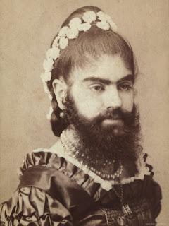 http://4.bp.blogspot.com/-oXeO1lnNEY0/UHCkORXD1aI/AAAAAAAAAOQ/tW2UOZW1RY4/s320/bearded.jpg