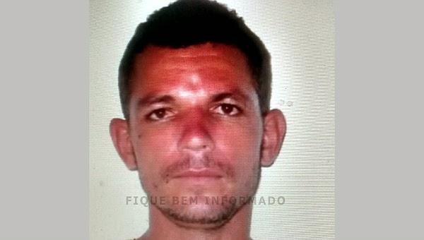 Na manhã de hoje, homem é morto a tiros ao chegar de carro em casa, em Cabo Frio