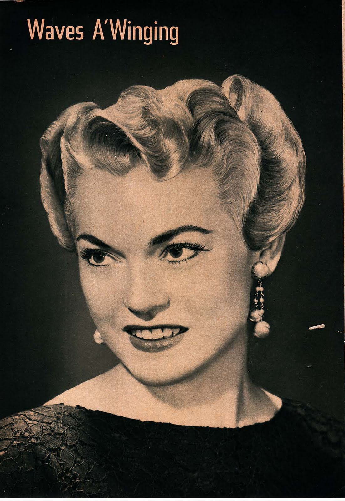The following images below are taken from a 1940's beauty magazine. I  title=