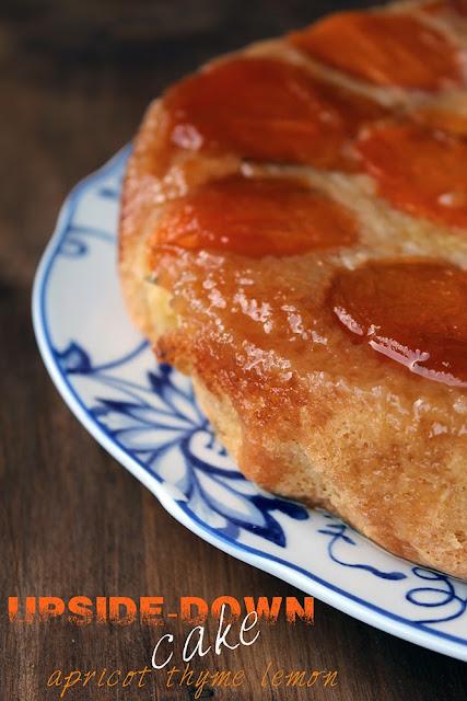 upside-down cake alle albicocche, timo e limoni di sorrento