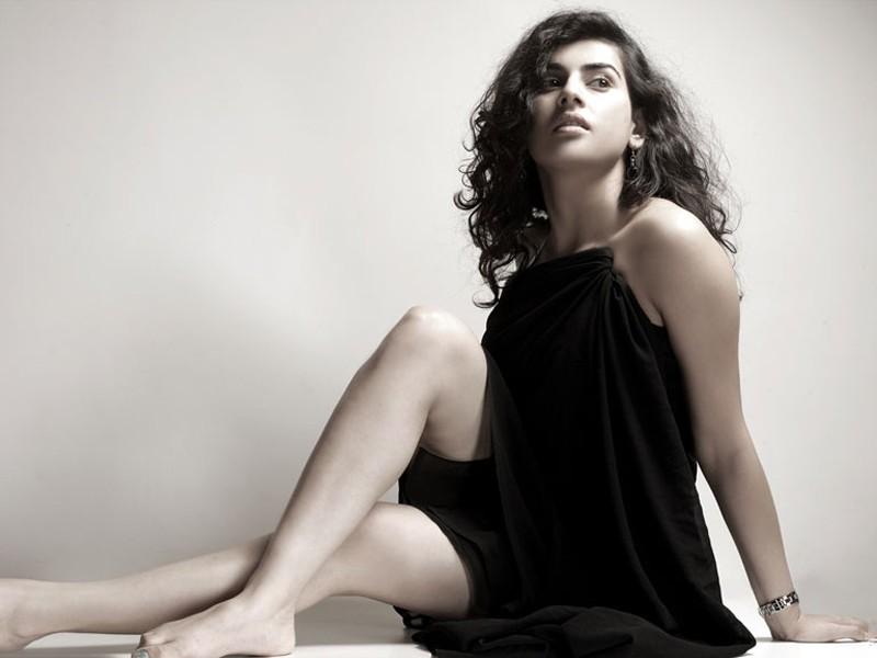 scenic and stylish archana latest hot spicy photo shoot stills