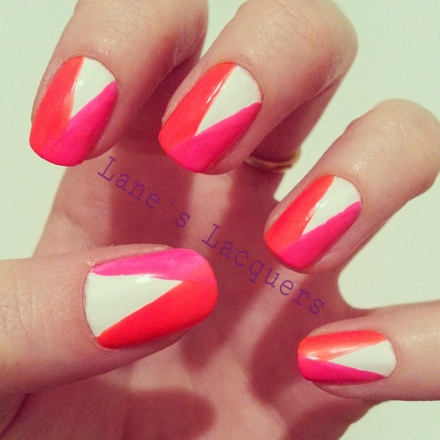 color-club-neon-white-simple-nail-art (2)