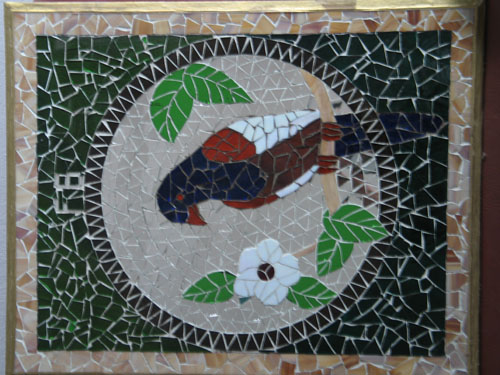 Berikut ini beberapa contoh karya mozaik: