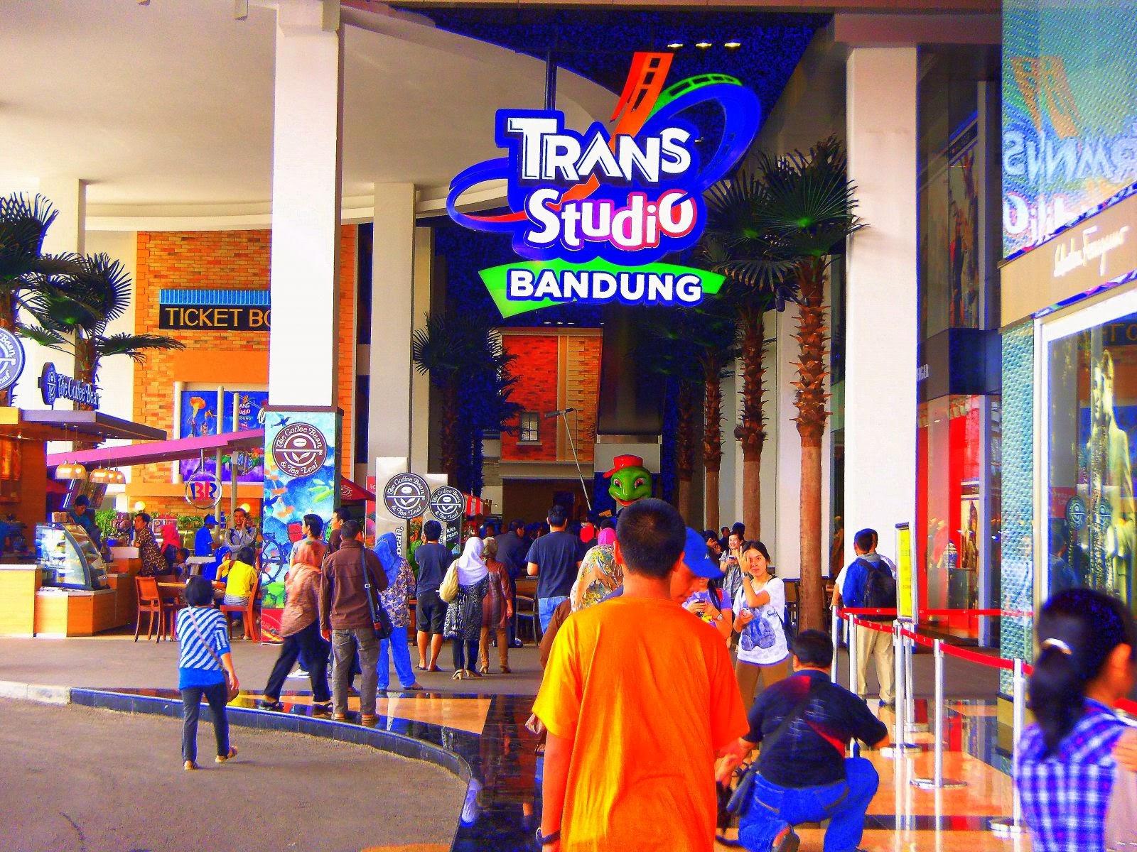 Trans Studio Bandung, Menikmati 20 Wahana Kelas Dunia